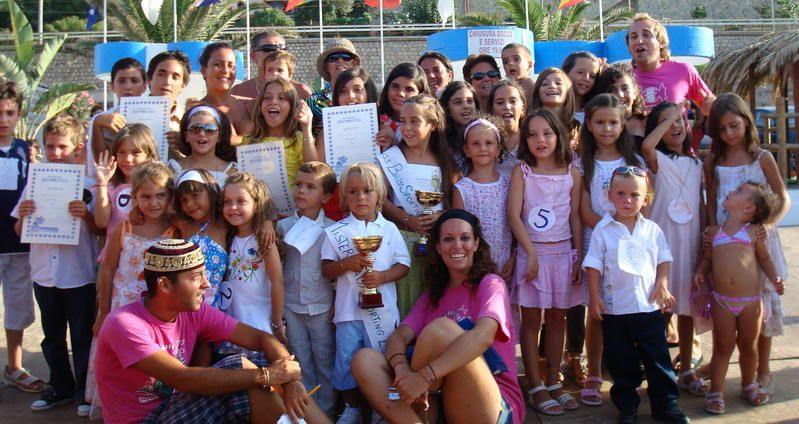MINI E JUNIOR CLUB - Holiday Party House - Agenzia di Animazione a Palermo